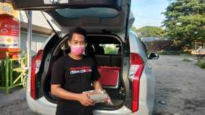 Relawan Yayasan Gerak Bersama Indoneaia Penyemprotan Disenfektan