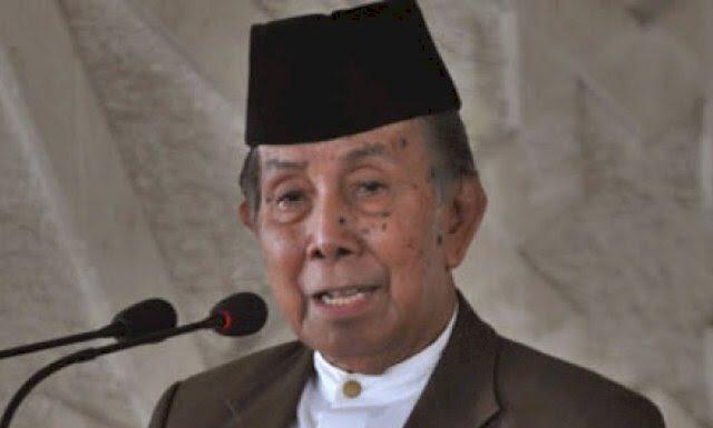 Allahuyarham AGH Sanusi Baco (Koleksi DPP IMMIM)